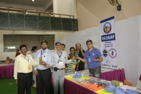 The Kolkata Ham Team with the momentoes